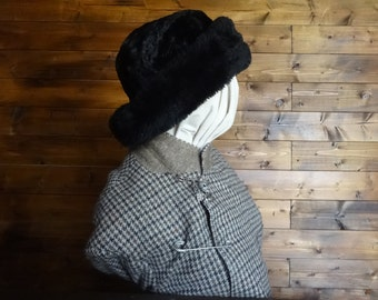 Vintage English black faux fur like hat woman ladies unisex size l circa 1970-80's / English Shop
