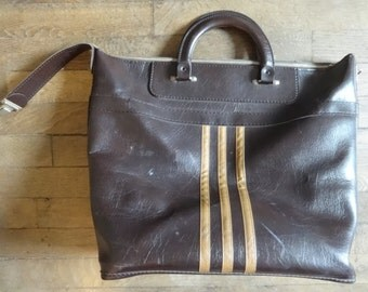 Vintage English Man Made Materials St Michael Brown Weekender Sports Carry Holdall Carrier Luggage Bag circa 1970-80's / English Shop