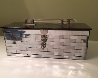 Vintage 50s Dorset Rex Silver Tone Metal Basket Purse Lucite Lid
