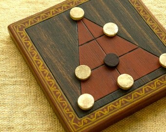 ANCIENT BOARD GAME - Woodwork - Art - Handmade - Decoration - Gift - Wedding gift - Christmas gift: Len Choa (Thailand).