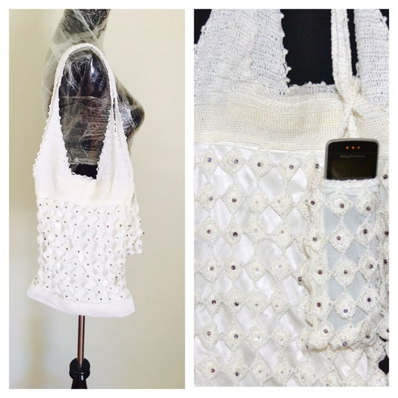 Crochet White Shoulder Bag, Hand Made in The USA, Vintage Inspired, Handbag & Cell Phone Carrier, tem no. BDE002