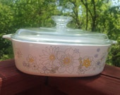 Vintage Corning Ware baker 2 quart casserole  dish, Daisy Floral Bouquet bridal shower kitchen gift, rare Corningware collectible,