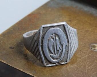 Antique aluminum man sign ring. Size 10