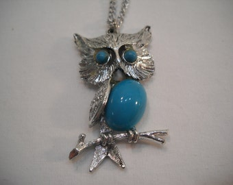 Vintage Retro Silver And Turquoise Colored Accents Owl Necklace/Costume Jewelry/Owl Pendant