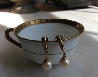 Vintage Pearl Gold Metal Clip on Earrings