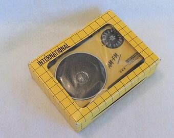 Vintage International AM FM Portable Radio Yellow & Black In Original Package Unused