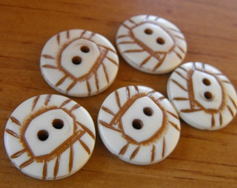"""5 Cream Rustic Child Round Buttons Size 13/16"""""""