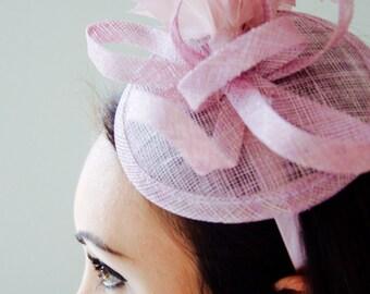 Blush Pink Mini Fascinator - Arianna Mini Blush Pink Mesh Fascintor