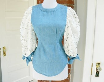 Vintage 70s Chambray Lace Puff Sleeve Top S Tie Cuffs Fitted Prairie Blouse