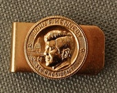 John F Kennedy 35th President 1961 gold tone money clip made in USA Free Shipping to USA
