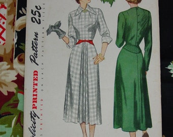Vintage Pattern c.1940's Simplicity No.2619 Dress, Size 16