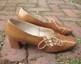 Vintage D'Salenti brown leather shoes, size 8 1/2 B, Fall fashion, Women's shoes, Women's leather shoes, retro fashion, tie shoes