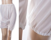 Classic vintage 1960's incredibly sheer flimsy floaty soft white nylon bloomers long panties directoire knickers - 3695