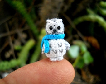 Polar Owl Blue Scarf - Crochet Miniature Bird Amigurumi - Made To Order