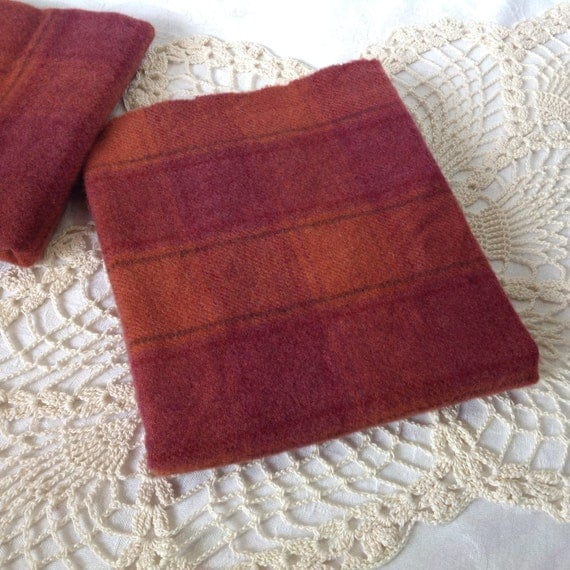 Hand Dyed Wool Fabric Rosewood Red Plaid For Rug Hooking