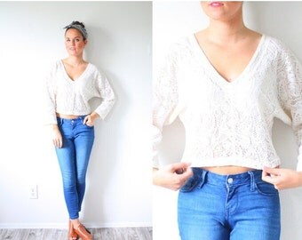 30% OFF out of town SALE Vintage boho white lace blouse // summer lace cream cropped top // off white cream blouse top // ivory blouse / fan