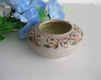 Pigeon Forge Pottery Dogwood Bowl  -FL
