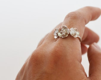 Three flower sterling silver ring