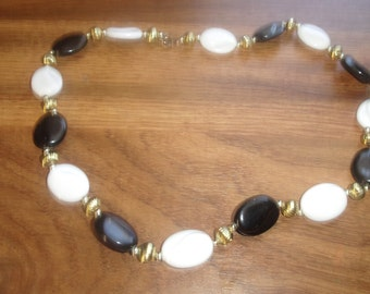 vintage necklace black white gold lucite