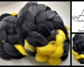 Bruce 4oz Superwash BFL Blue Faced Leicester Wool Spinning Fiber Combed Top Roving Superhero Black Gray Grey Yellow