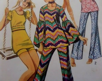 """1971 Angel Sleeve Tunic & Bell-Bottom Pants Pattern Simplicity 9422 Junior 13/14 Bust 33.5"""". MOD TUNIC and SHORTS Pattern at WhiletheCatNaps"""