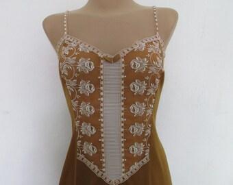 Nice Underdress Vintage / Violet / Size EUR42 / 44 / UK14 / 16 / Full Slip