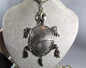 Large Vintage Signed Alan Articulated Silver Tone Turtle Necklace