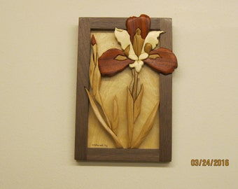 IRIS RED,hand Intarsia carved by Rakowoods, hand wood carved,birthday gift, cabin decor,popular flower gift,home, office or den