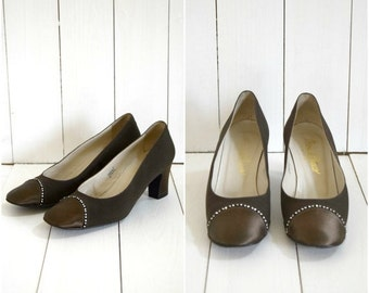 Summer Clearout Sale Vintage 60s Maria di Marco brown satin and rhonestone heels / Italian pumps