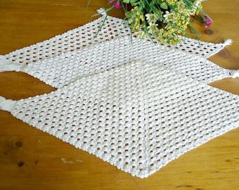 3 Doilies Doily Crocheted Doily Set White Vintage Doilys Centerpiece Lot  D20