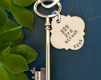 New home ornament, Skeleton key,  Personalized housewarming gift, first home ornament, wedding gift