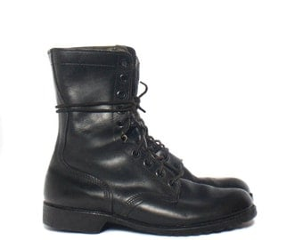 9 W | 1980's Standard Issue Military Boots Black Combat Boots Dated 1983