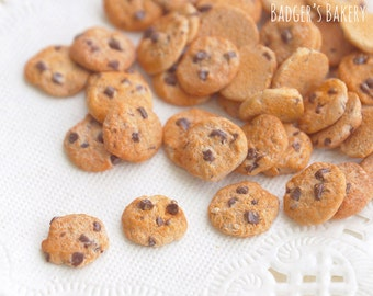 Tiny Chocolate Chip Dollhouse COOKIES SET of 3, Inch Scale Miniature Food, 1/12 Scale