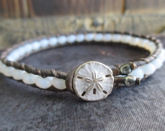 Skinny Pale opalescent ivory leather bracelet - SeaMist / WhiteWash - sanddollar sand dollar button beach boho by slashKnots