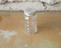 Vintage Salt Pepper Shaker, Glass Cube Aluminum 1950s Diner Cafe Shaker