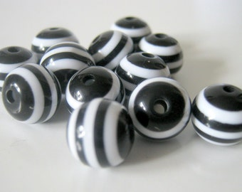 50 Black and White Stripe Beads Resin 10mm