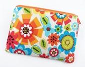 SALE - Small Zipper Pouch, Coin Purse, Gadget Case, Gift idea, Zipper Wallet, Accessory Bag, Padded