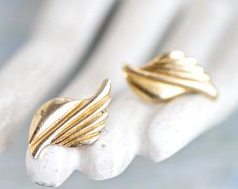 Golden Waves - Vintage Earrings