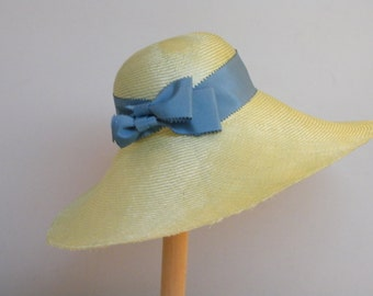 Elegant wide brim summer hat, light green straw hat for a special event, one of a kind straw hat made in Israel