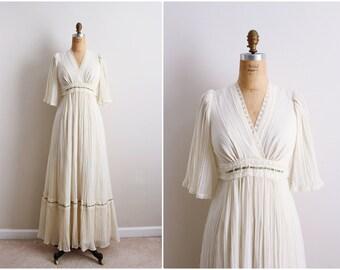 70s Boho Wedding Dress / Hippie Wedding Maxi Dress / Gauze Dress / Ivory Dress / Size S/M