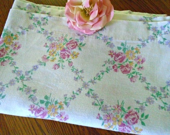 Flannel Pink Rose Lady Pepperell Sheet / Twin Flat Sheet /  Cotton Blend Flannel Vintage Sheet / Vintage Sheet / Pink Rose Bedding / Girls