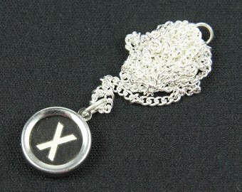 Typewriter key necklace 45 cm desire black