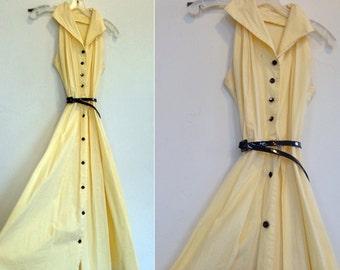1940s Yellow Dress w Black Buttons & Belt / 1940s Vintage Dress / Collared Sleeveless Dress