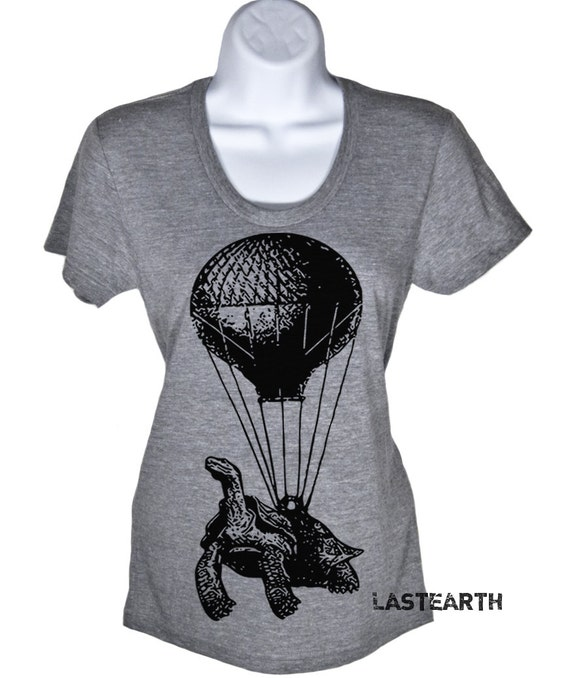 Hot Air Balloon Tortoise Womens Flying Turtle Tshirt Ladies T Shirts Birthday Gifts For Her Gift Ideas For Girlfriend Wife Novelty FunnyTees