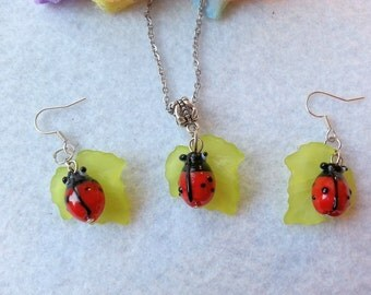 Ladybug on Leaf Set of Necklace and Earrings