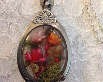 Flower Terrarium Locket Necklace