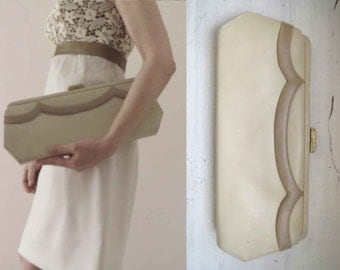 Vintage 60s Long Scallop Clutch Ivory Taupe Vegan
