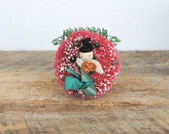 Vintage Mini Burgundy Bottle Brush Wreath with Snowman