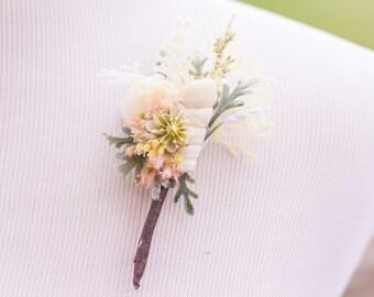 Wedding Boutonniere - Bridal Flower - Men's Wedding Accessory - Buttonhole - Beach Wedding - Bridal Accessory - Groomsmen - Groom Flower