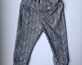 Organic baby leggings/gray herringbone leggings